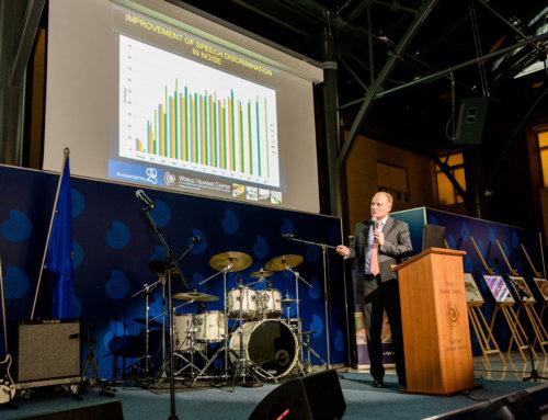 """Wykład natemat postępu wleczeniu zzastosowaniem implantów naII Międzynarodowej Konferencji Naukowej """"Implanty słuchowe imuzyka"""""""