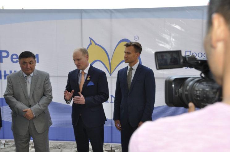 Dr hab. n. med. mgr zarz. Piotr H. Skarżyński na uroczystości otwarcia kolejnej, zagranicznej placówki Centrum Słuchu i Mowy Medincus